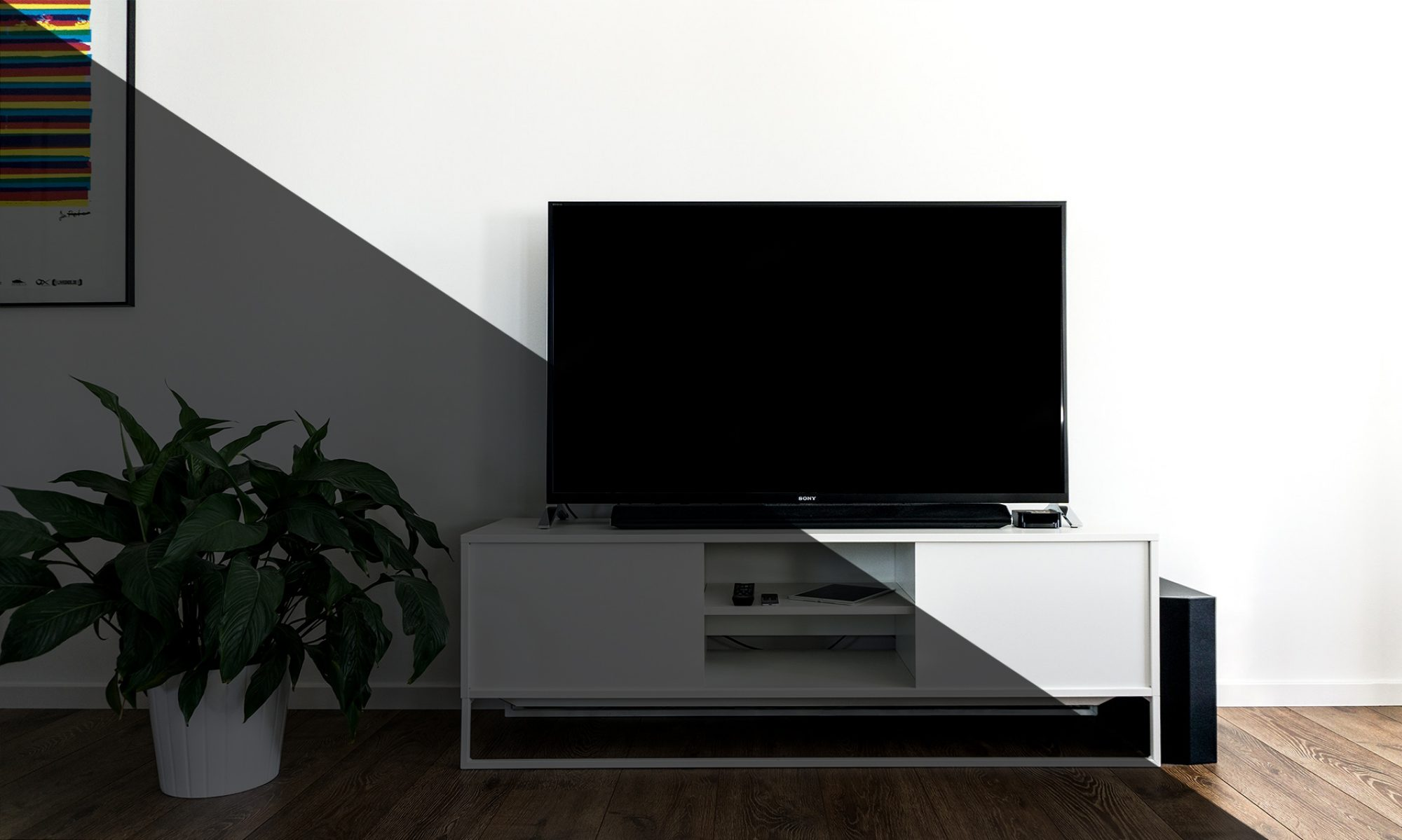 HOME AV ENTERTAINMENTS